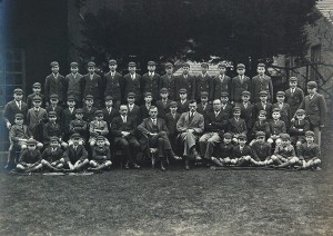 Moor Allerton School photo c.1920