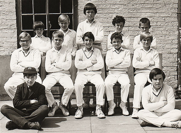 Moor Allterton Cricket 11 from approx. 1971